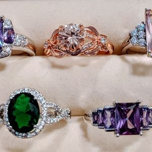 Size 8 Colourful Fashion Ring